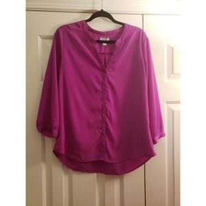 Old navy fuscia pink button down blouse size L